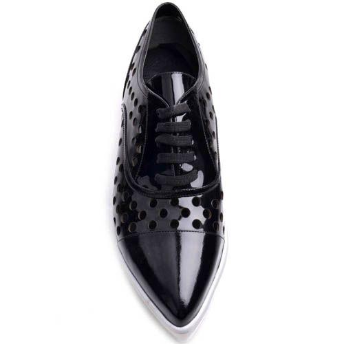 Туфли Prego лаковые черные с узким носком на толстой белой подошве, фото