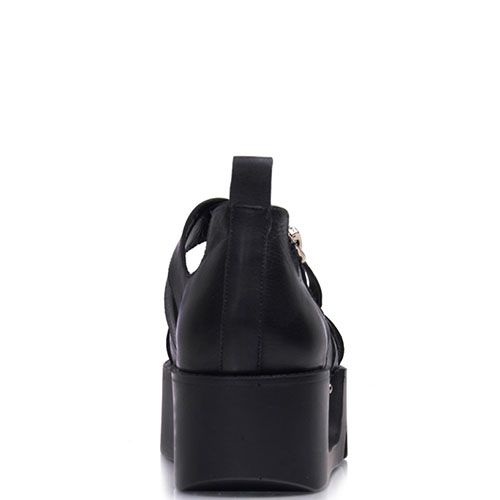 Сандалии Prego из натуральной кожи черного цвета на толстой рельефной подошве, фото