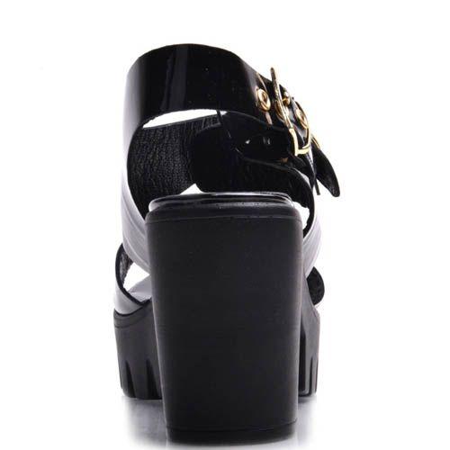 Босоножки Prego черные лаковые на толстом каблуке с металлическими ремешками, фото