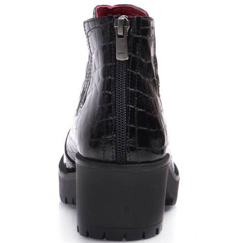 Ботинки Prego черного цвета лаковые кожаные с красной подкладкой, фото