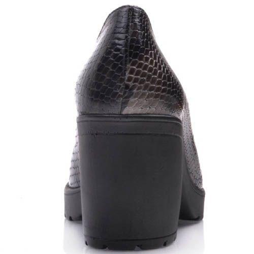 Туфли Prego на устойчивом каблуке из фактурной кожи под змею, фото