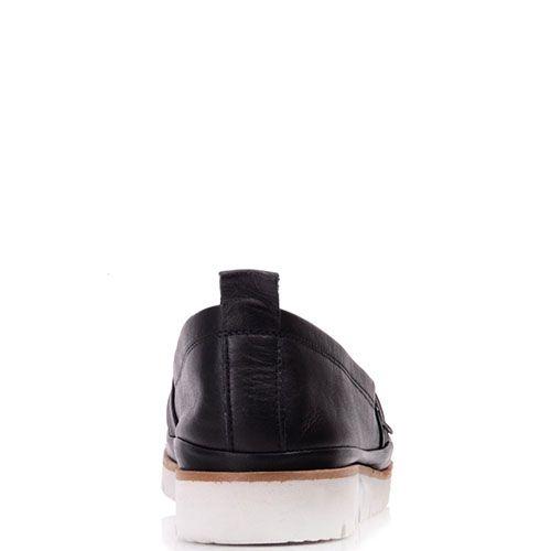 Слиперы Prego из натуральной кожи черного цвета с коричневой полоской вдоль белой подошвы, фото