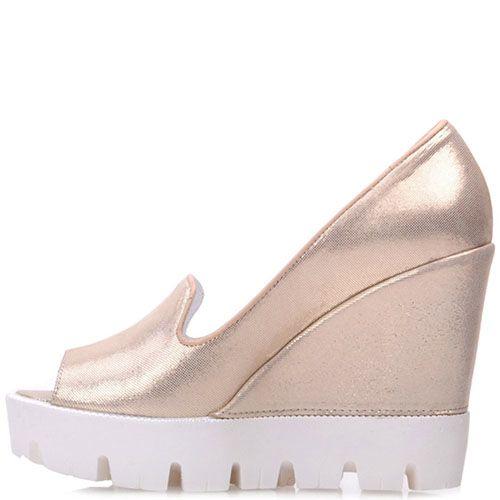 Туфли Prego из натуральной золотистой кожи на высокой танкетке, фото