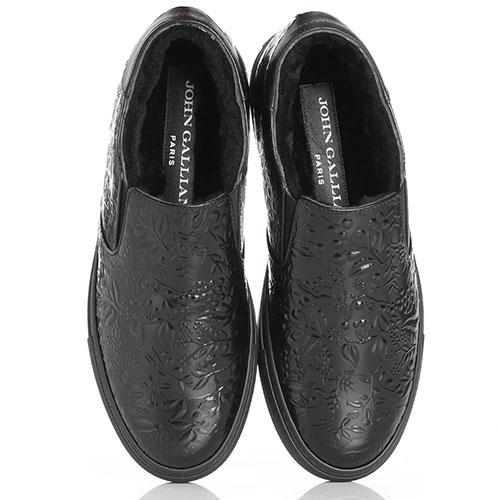Утепленные слипоны John Galliano из черной полированной кожи с тиснением, фото