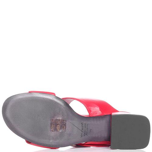 Красные мюли Vic Matie с крупной пряжкой, фото