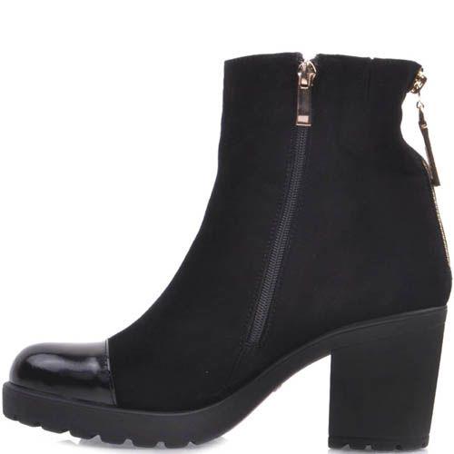 Ботильоны Prego замшевые черного цвета с лаковым носочком и золотистой молнией на пятке, фото