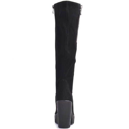 Сапоги Prego замшевые черного цвета с мягким голенищем и на высоком каблуке, фото