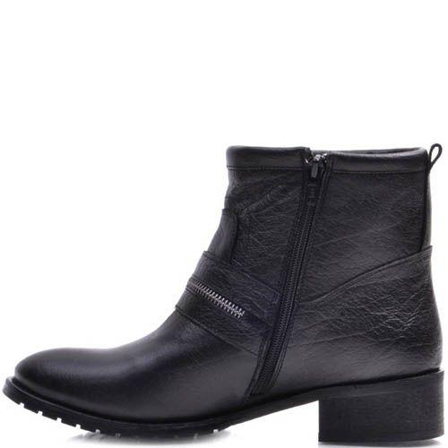 Ботинки Prego зимние черного цвета на низком каблуке с декоративной молнией идущей поперек носка, фото