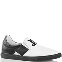 Черно-белые слипоны John Richmond с брендовой аппликацией, фото