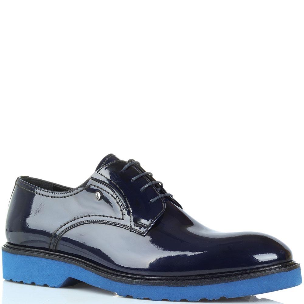 Туфли из лаковой кожи синего цвета Roberto Serpentini на толстой яркой подошве