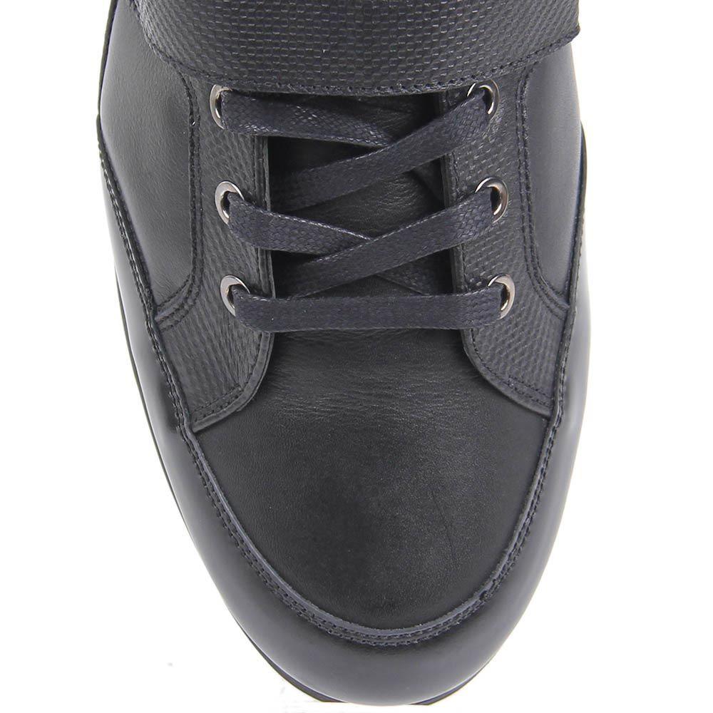Спортивные ботинки Alessandro Dell'acqua кожаные черного цвета на шнуровке и с перемычкой