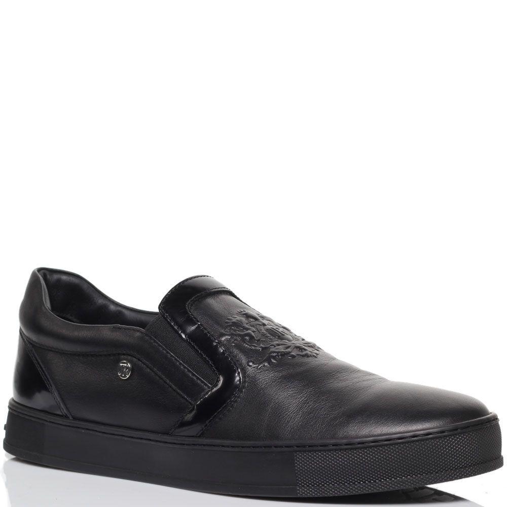 Туфли-лоферы из кожи черного цвета с резным узором  Richmond и лаковыми деталями