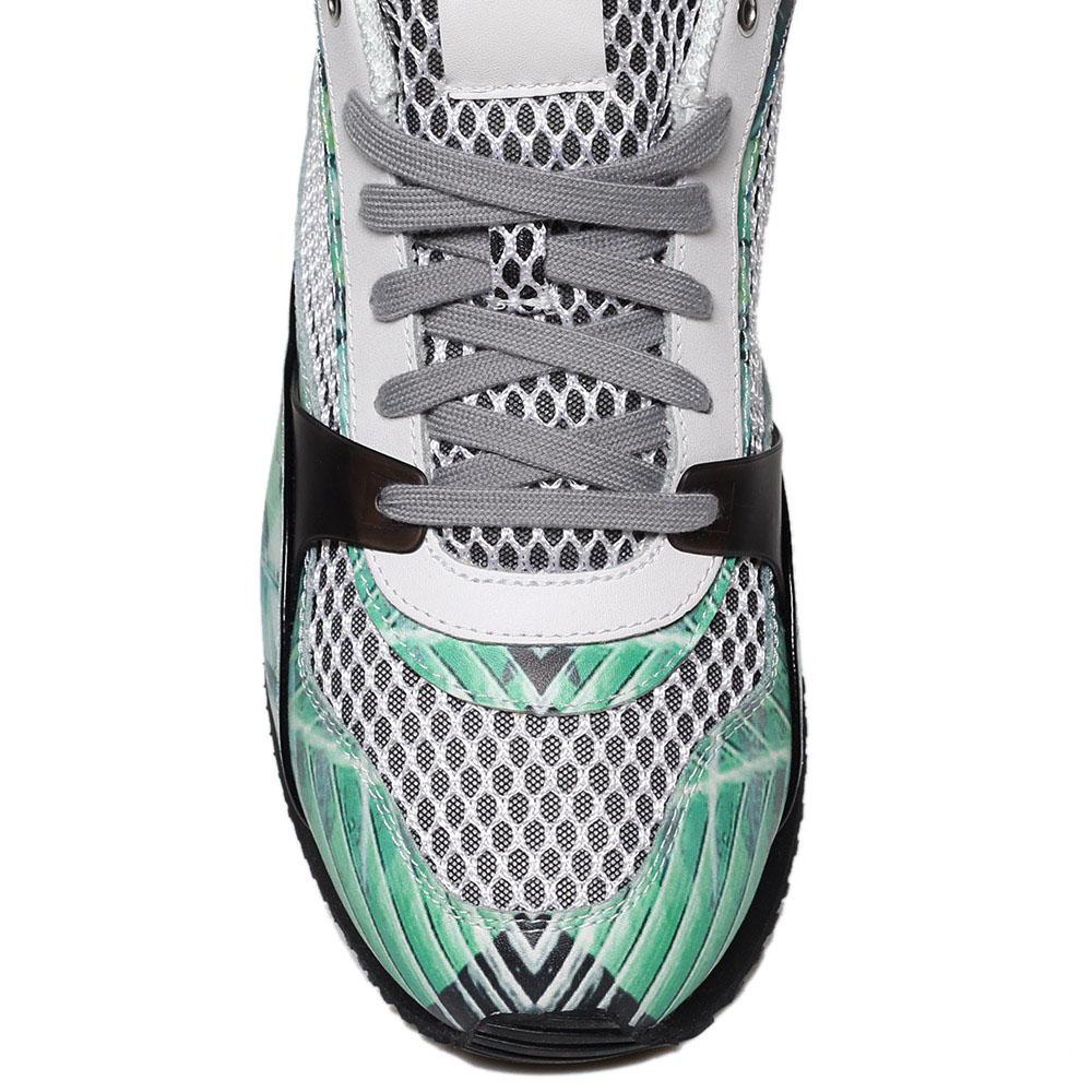 Кожаные кроссовки с ярким зеленым принтом Just Cavalli с текстильными белыми вставками