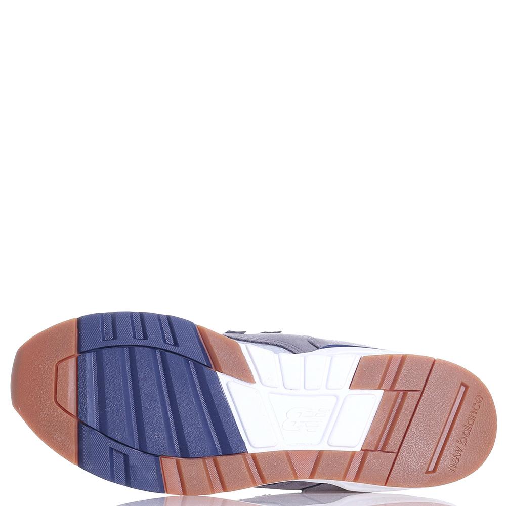 Серые кроссовки New Balance 597 с бордовыми вставками