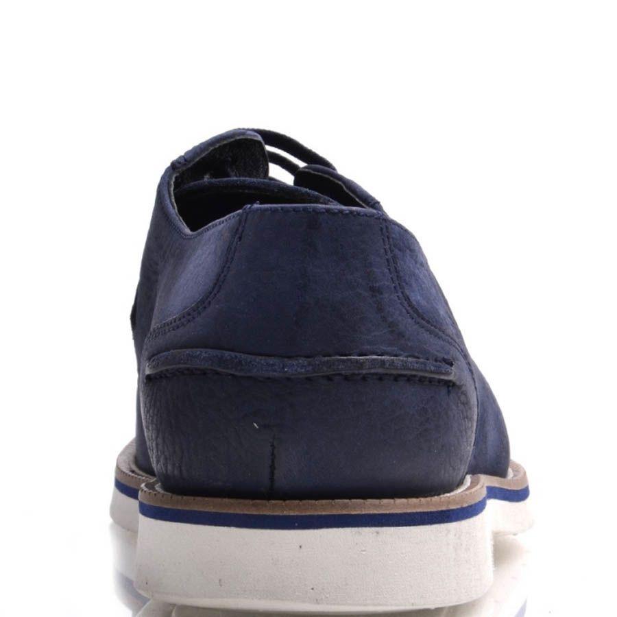Туфли Prego мужские из нубука синего цвета с белой подошвой
