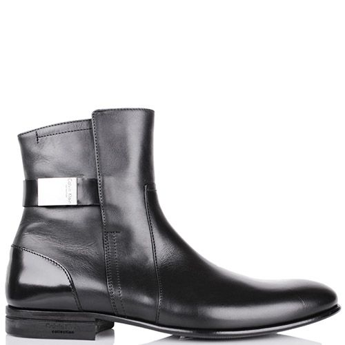 Ботинки Calvin Klein черного цвета со вставкой из полированной кожи на пятке и ремешком с металлической вставкой, фото