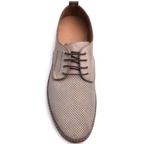 Туфли Prego мужские бежевого цвета с коричневой оконтовкой и мелкой перфорацией, фото