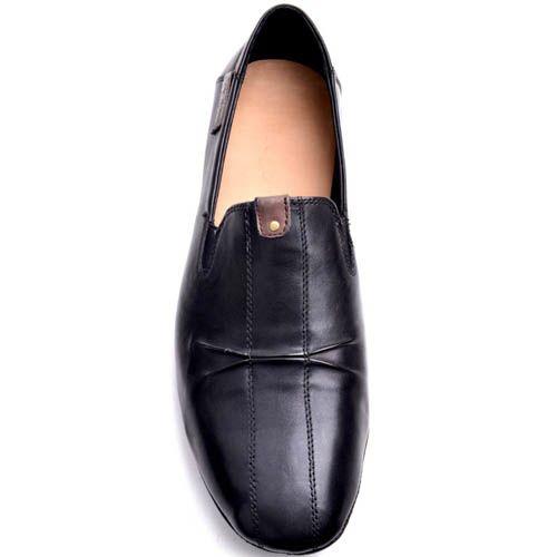 Лоферы Prego мужские черного цвета кожаные с декоративной складкой, фото