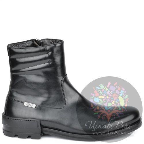 Ботинки Calvin Klein высокие кожаные черные на интересном каблуке, фото