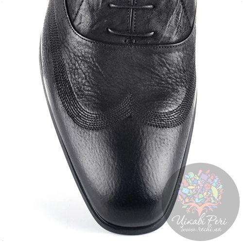 Оксфорды Roberto Cavalli кожаные мягкие черные с красивой лазерной обработкой и декоративными строчками, фото