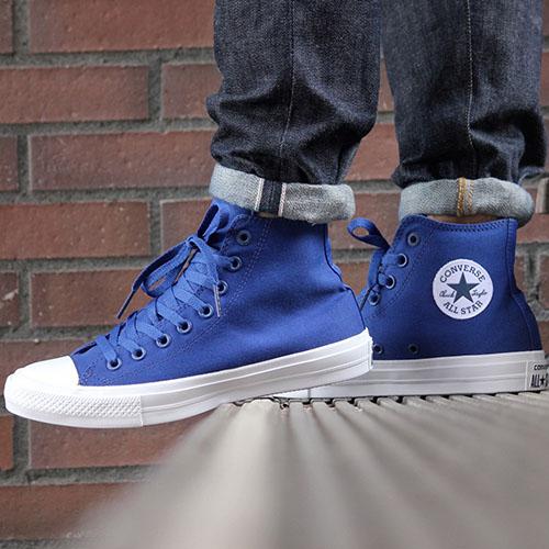 Мужские высокие кеды Converse синего цвета, фото