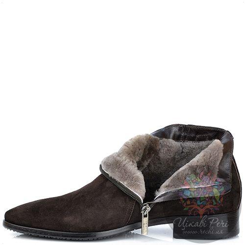 Ботинки Valerio Neri из замши коричневого цвета на натуральном меху, фото