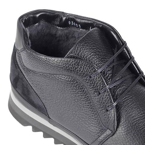 Ботинки Gianfranco Butteriиз натуральной кожи черного цвета на протекторной подошве, фото