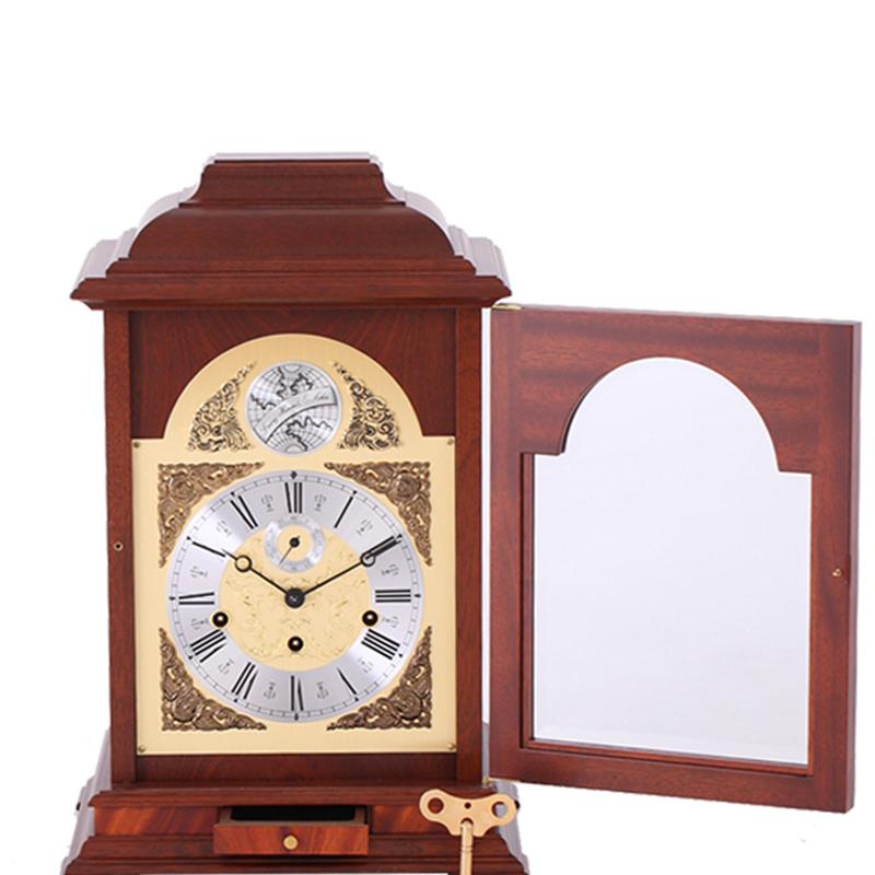Настольные часы Hermle Table Clocks 22848-070352