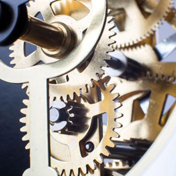 Настольные часы Hermle Modern 23015-360721