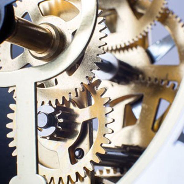 Настольные часы Hermle Table Clocks 23015-740721