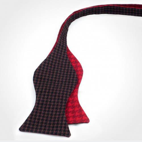 Галстук-бабочка Baboon двухсторонняя красная с коричневым в гусиную лапку