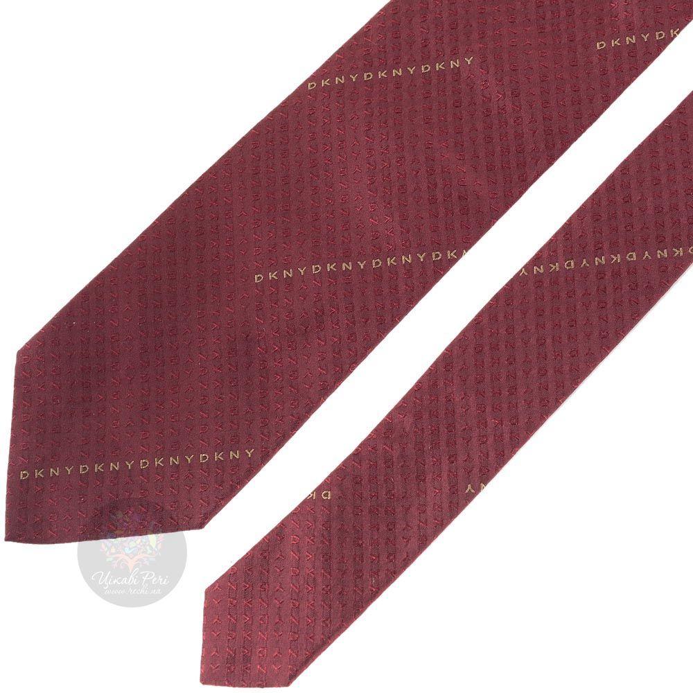 Галстук DKNY бордовый с брендовыми надписями