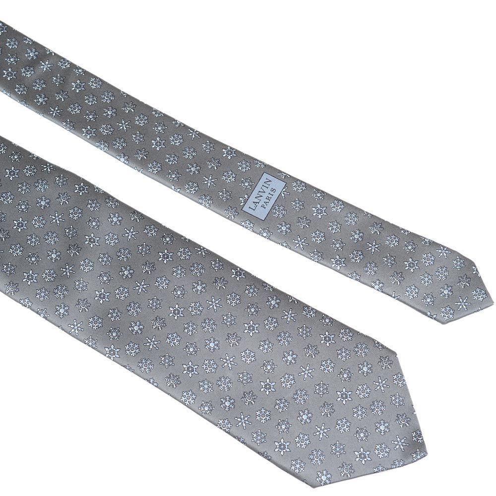 Шелковый галстук Lanvin серый со снежинками