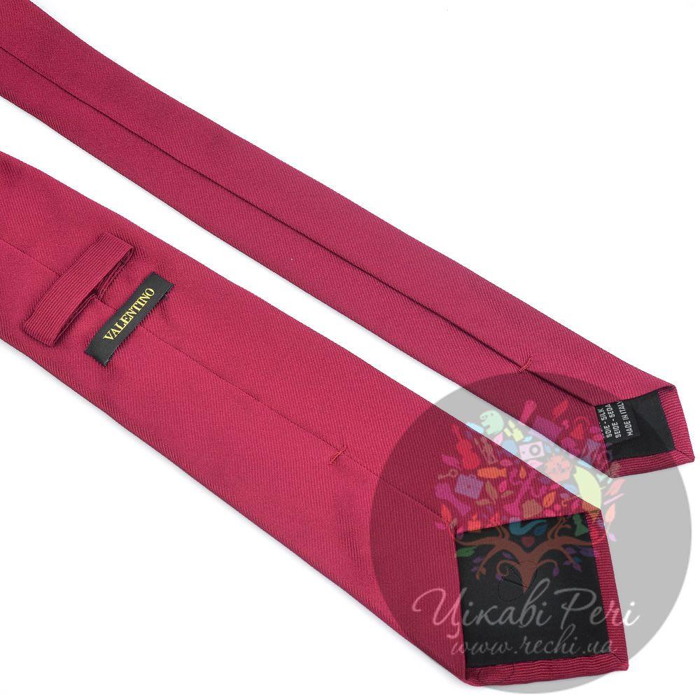 Галстук Valentino шелковый бордовый с фактурным плетением нити