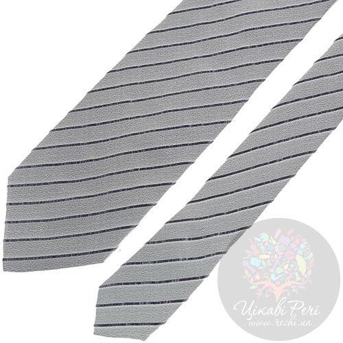 Галстук DKNY нежно-серого цвета в тонкую темную полоску, фото