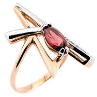 Кольцо с гранатом и фианитами из золота, фото
