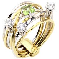 Кольцо с хризолитом в комбинированном цвете золота, фото