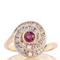 Перстень в форме спирали с рубином и бриллиантами, фото