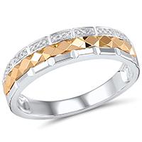Кольцо из золота с бриллиантами, фото
