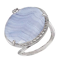Кольцо из белого золота с бриллиантами и халцедоном, фото