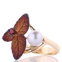 Золотое кольцо Roberto Bravo с розовым жемчугом и коричневыми лепестками, фото