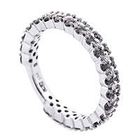 Кольцо с черными и белыми бриллиантами, фото