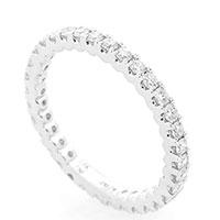 Тонкое кольцо Оникс с белыми бриллиантами, фото