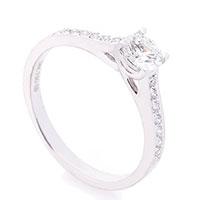 Кольцо из золота Оникс с бриллиантами, фото
