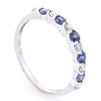 Золотое женское кольцо с сапфирами и бриллиантами, фото