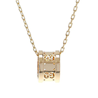 Золотой кулон-кольцо Gucci Icon с перфорацией на тонкой короткой цепочке, фото