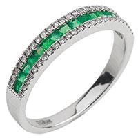 Золотое кольцо с бриллиантовой дорожкой, фото
