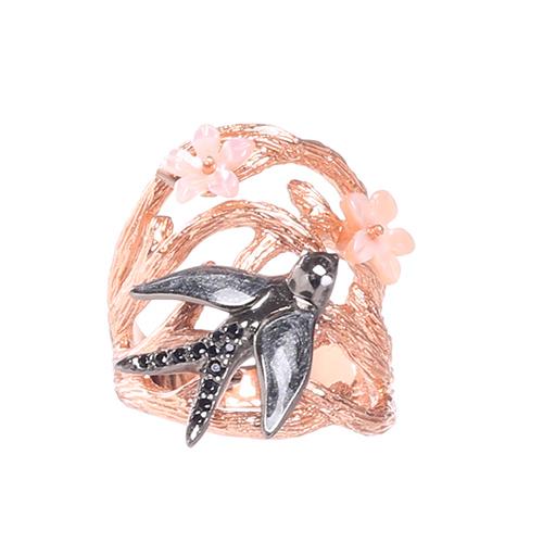 Позолоченное кольцо Misis Hanami с ласточкой и цветами, фото