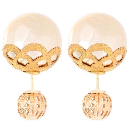 Асимметричные серьги с резной сферой и золотистой бусиной, фото