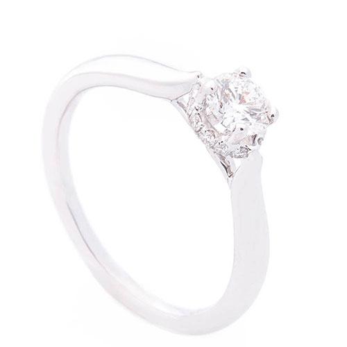 Золотое помолвочное кольцо Оникс с бриллиантами, фото